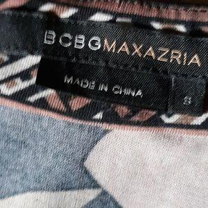 BCBGMaxAzria Dresses - BCBG Short Sleeve Dress